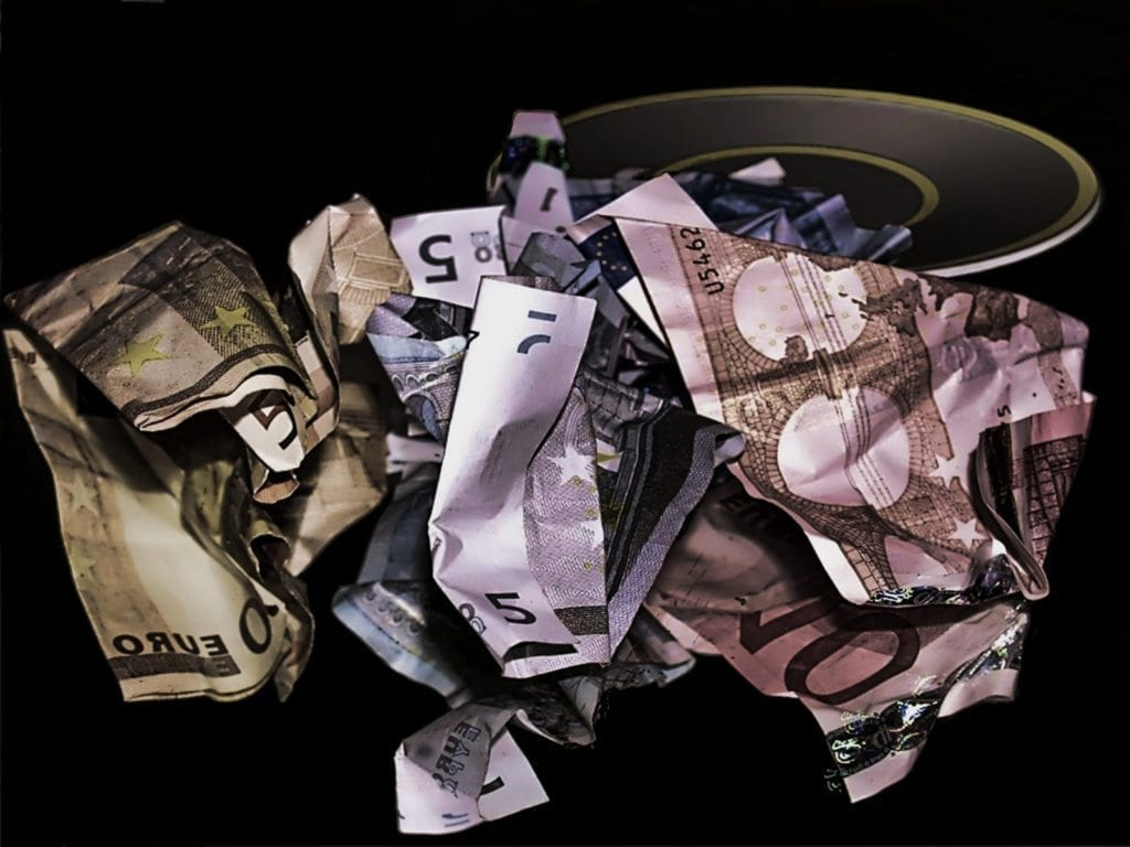 Cash on deposit pic